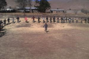 Unterricht mit 160 Kindern